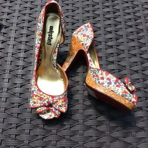 UNLISTED RED FLORAL PEEP TOE HIGH HEEL PUMPS SZ. 8
